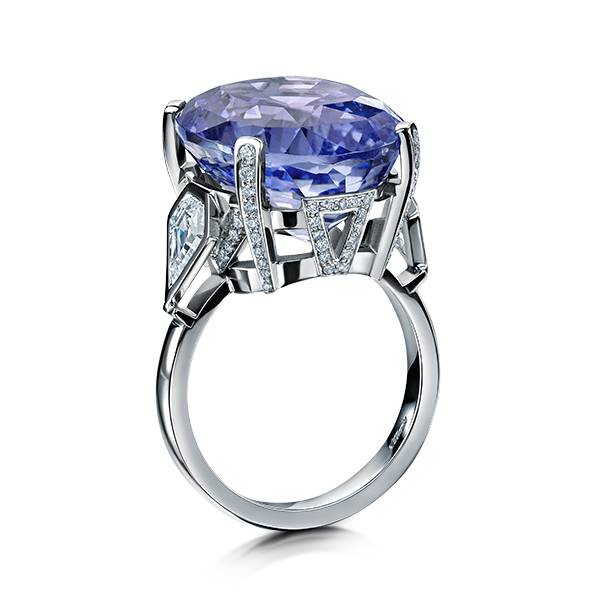 rings/sapphire/Offordandsons-untreated-Large-Sapphire-and-Diamond-Bespoke-Ring-b.jpg